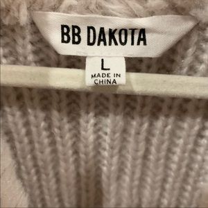 Anthropologie Jackets & Coats - Anthro BB Dakota Rennie Vest Faux Sweater Fur L